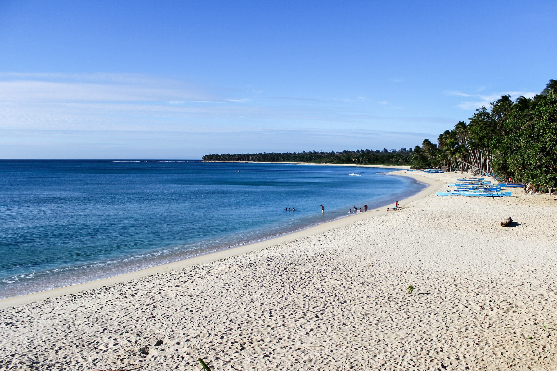 Experience The Summer Fun In The Philippines